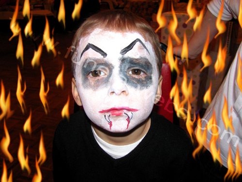 face_painting_dracula_design_for_boys