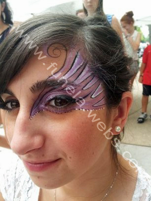 face_painting_for_girls_purple_whit_eye_design