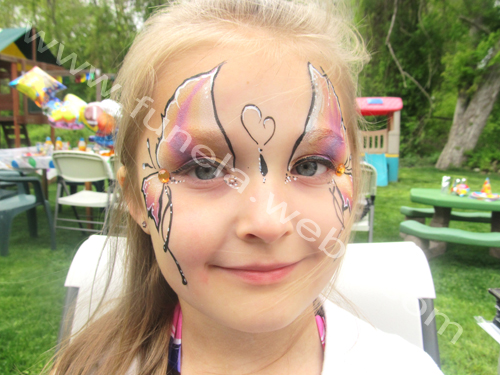 face_painting_purple_pink_yellow_butterfly